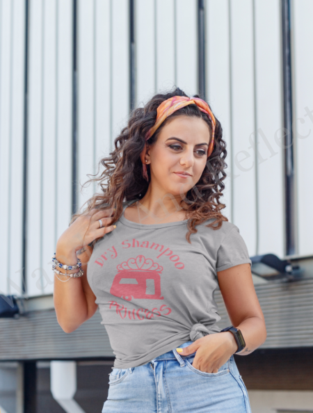 Looking great in our hibiscus and heather gray tshirt and dry shampoo hair.